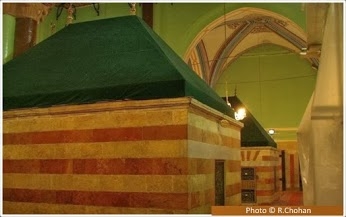 tomb_of_ishaq_as