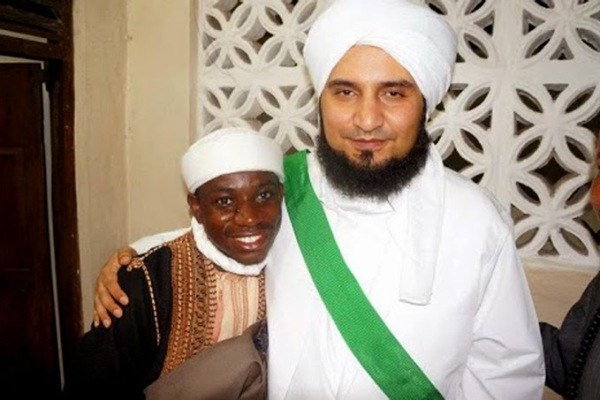 Habib Ali al-Jufriy dan Syaikh Syarifuddin Khalifah